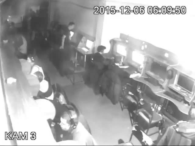 Неизвестные избили подростков в компьютерном клубе Харькова