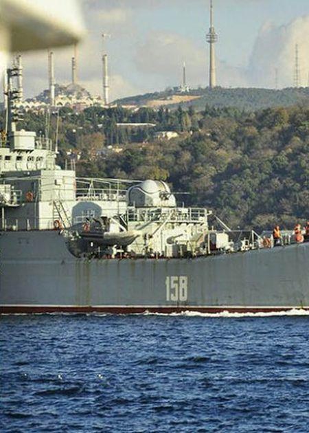 Турция сочла провокацией инцидент с российским матросом, направившим ПЗРК в сторону Стамбула (2 фото)