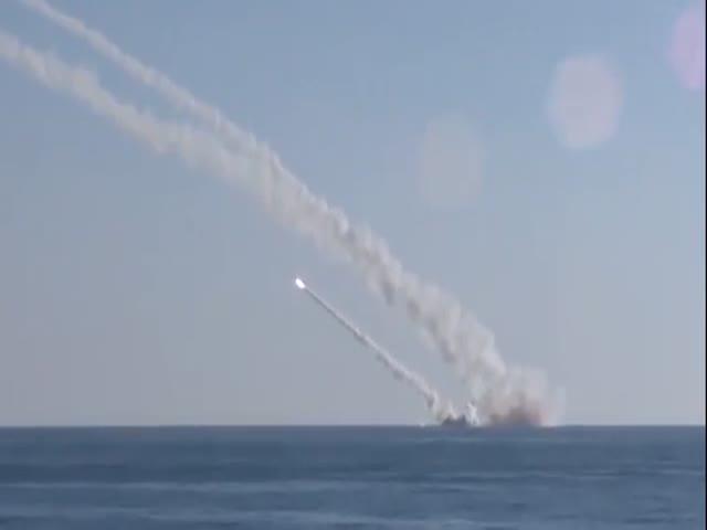 Подводная лодка «Ростов-на-Дону» наносит удар по ИГИЛ