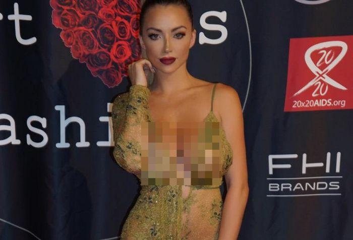 Прозрачные платья фото плейбой фото 540-18