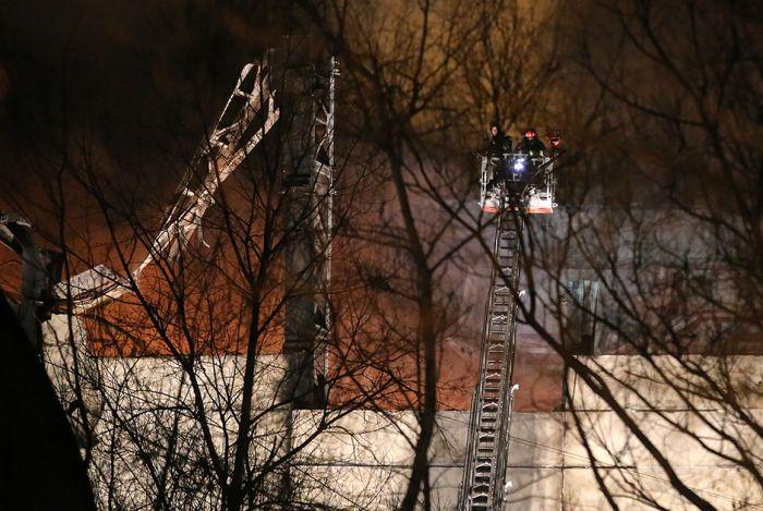 В Москве на территории Тушинского машиностроительного завода произошел крупнейший за последние 25 лет пожар (23 фото + видео)