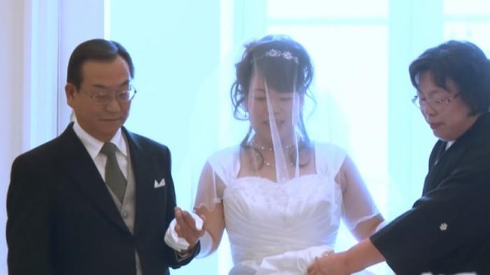 Свадьба, отложенная на 7-летний срок (12 фото)