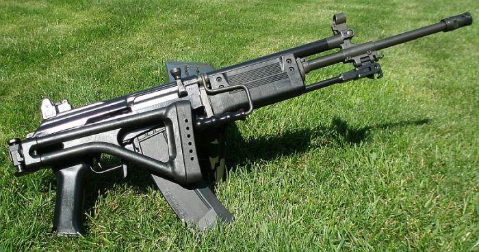 Израильский автомат Галиль - уникальное оружие с открывалкой для бутылок (3 фото)