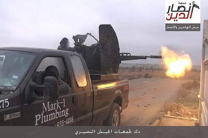 Американец требует с автосалона, продавшего его автомобиль боевикам ИГИЛ, 1 миллион долларов (2 фото)