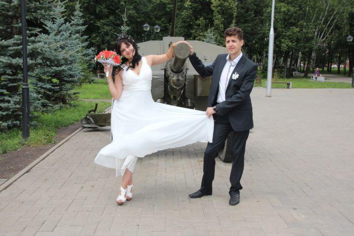 Супружеская пара из Стерлитамака пожаловалась в полицию на фотографа, сделавшего плохие свадебные фото (9 фото)