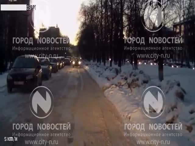 Взгляд на затор в Новокузнецке со стороны автоледи