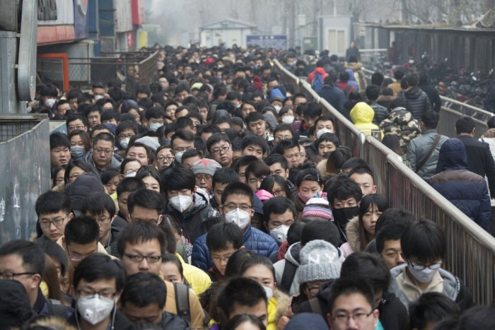 Модные марлевые повязки - новый тренд в Китае (22 фото)