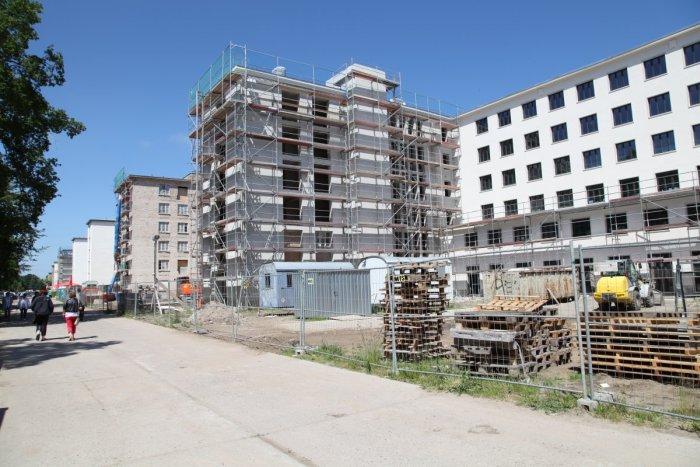 Необычная судьба заброшенного курорта Третьего рейха (20 фото)