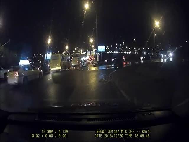 Инспектор ДПС «набил стрелку» водителю