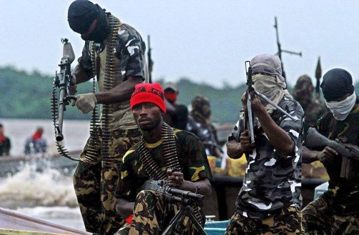 Нелегальный бизнес Африки (5 фото + текст)