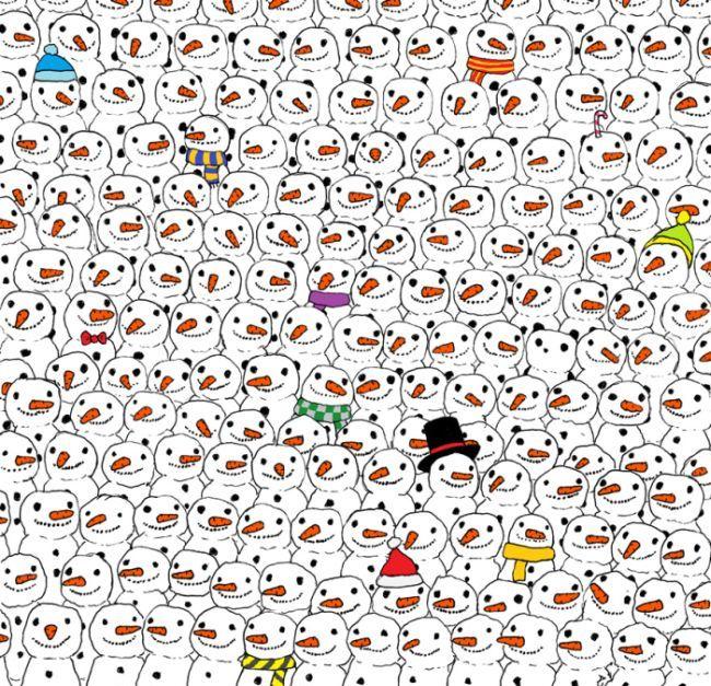 Головоломка: найди панду, притаившуюся среди снеговиков (картинка)