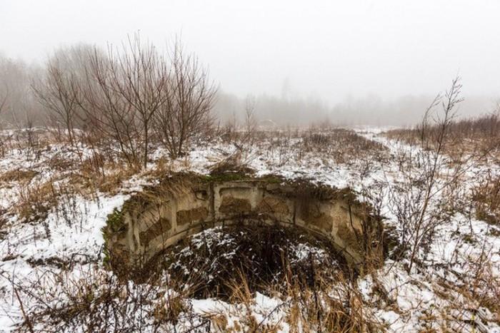 12 подземных этажей самого крупного советского бункера Белоруссии (49 фото)