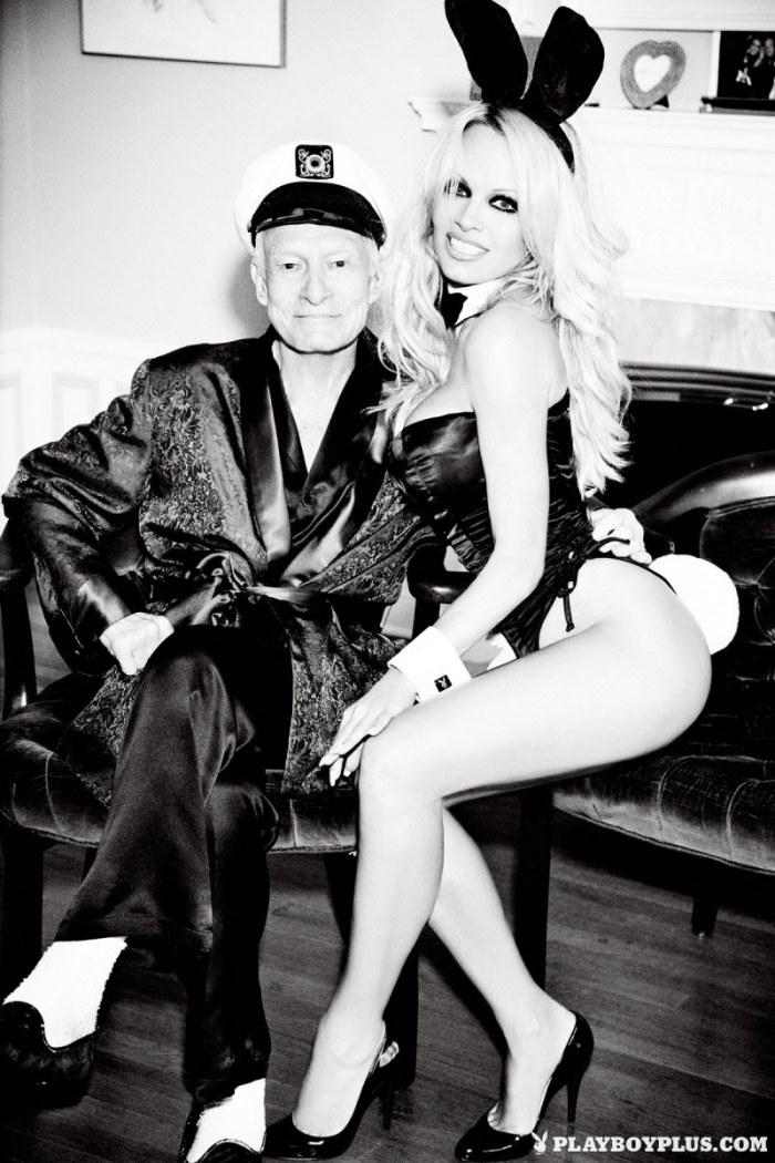 Полная версия обнаженной фотосессии Памелы Андерсон для журнала Playboy. НЮ (15 фото)