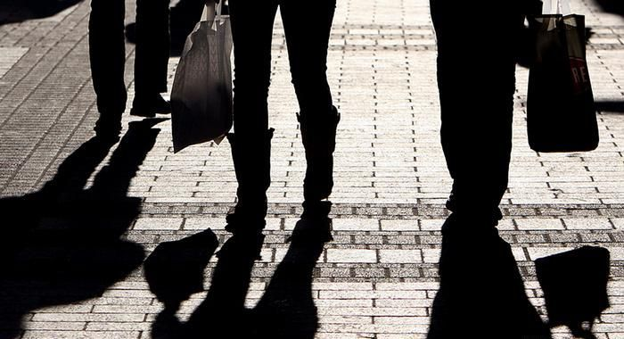 Распространенные приемы воров-карманников, которые необходимо знать каждому (11 фото)