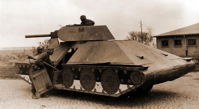 Танковые макеты разных армий и времен (41 фото)