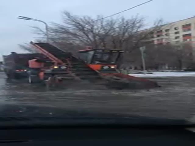 Уборка «снега» в Караганде
