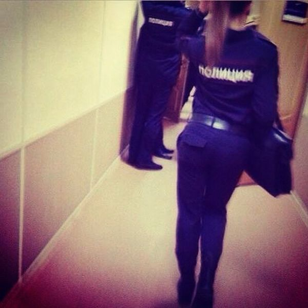 Симпатичные девушки из силовых структур России (35 фото)