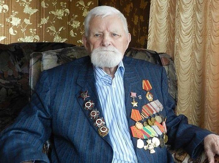 Герой Великой Отечественной войны Иван Лысенко скончался на 99 году жизни (3 фото)