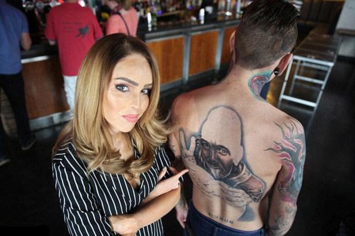 Пошлая татуировка (3 фото)