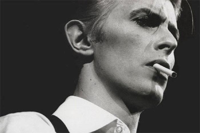 На 70-м году жизни умер британский рок-певец Дэвид Боуи (11 фото)