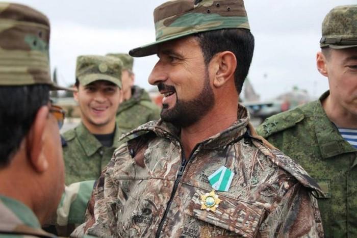 Командир сирийского спецназа «Тигр» Хасан Сухел награжден российским орденом «Дружбы» (5 фото)