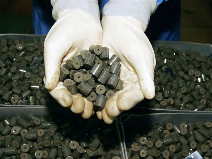 Как производят ядерное топливо (9 фото)
