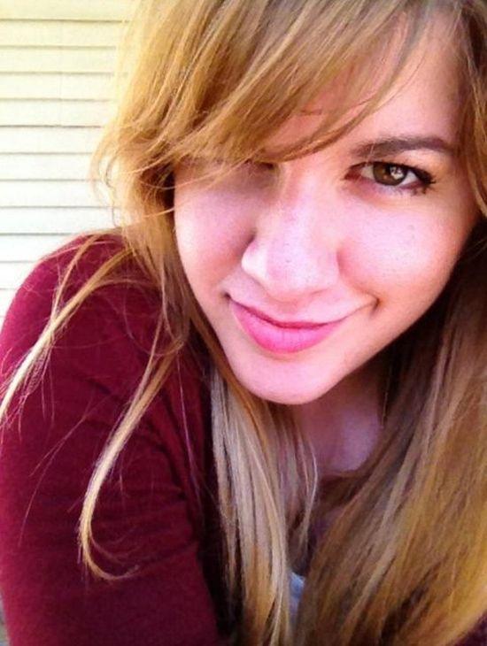 В США молодую учительницу арестовали за интимную связь со школьницей (10 фото)