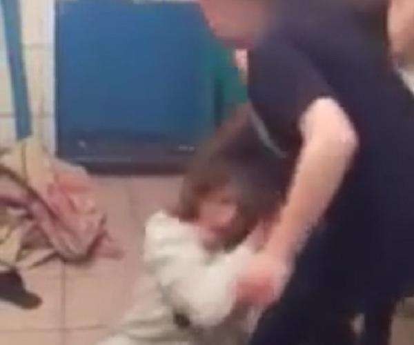 Жестокое избиение студентки в общежитии техникума