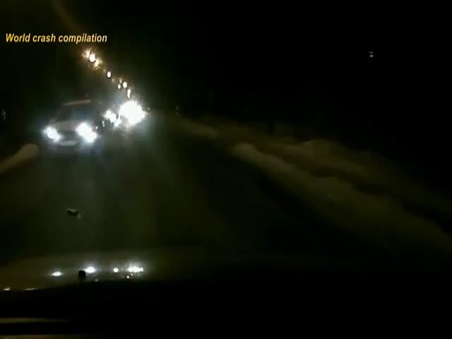Безумные пешеходы на ночных дорогах России