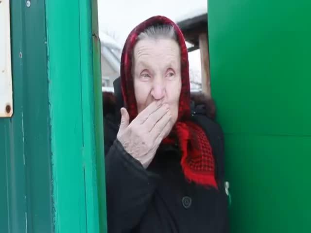 Коллекторы требуют денег с пенсионерки за кредит, который она не брала
