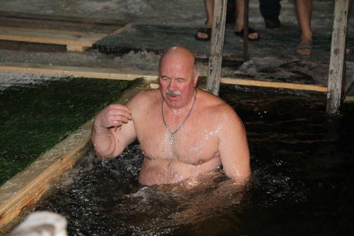 Крещенские купания 2016 (37 фото)