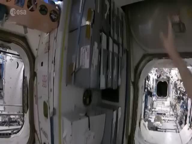 Приготовление кофе на борту МКС