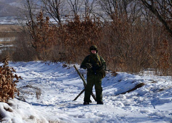 Неосторожный солдат умудрился получить обморожение самого интимного места (фото)