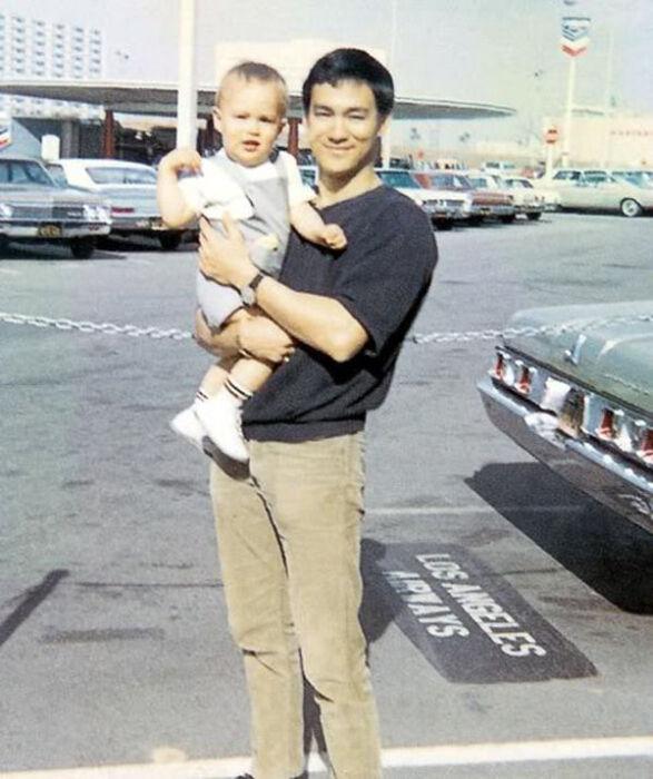 Фотографии из семейного архива Брюса Ли (25 фото)