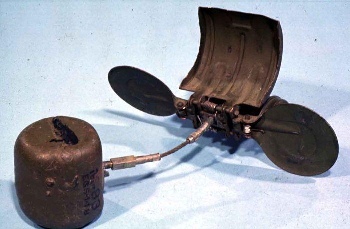 Немецкие авиабомбы SD-2 - новейшее оружие начала Великой Отечественной войны (7 фото)
