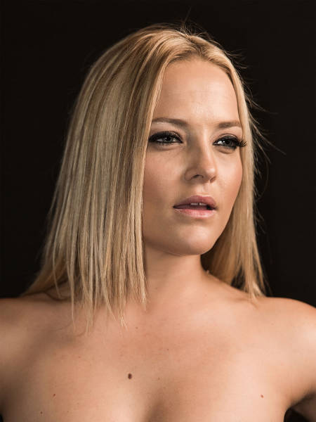 Приличные портреты порнозвезд от фотографа Роджера Кисби (24 фото)