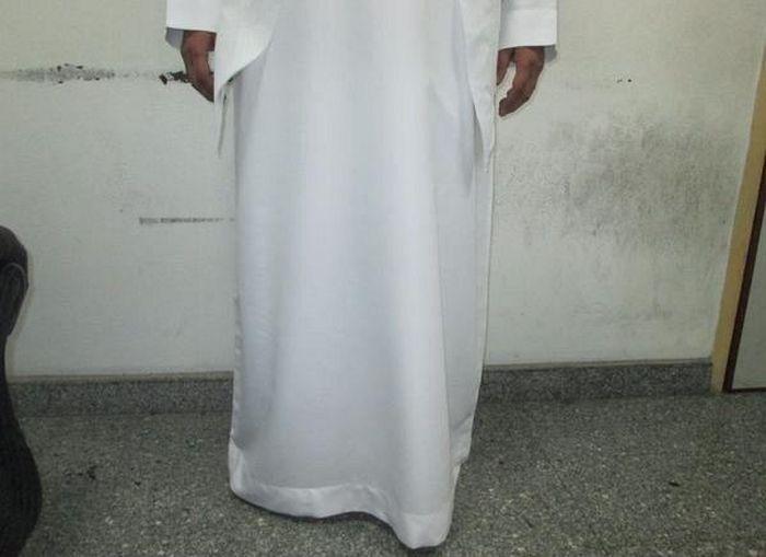 В Саудовской Аравии задержали алкогольного контрабандиста (4 фото)