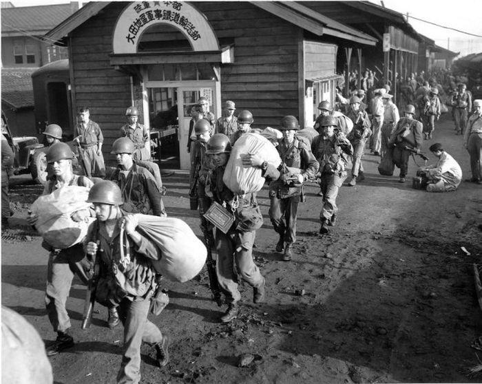 Корейская война на снимках военных фотографов (49 фото)