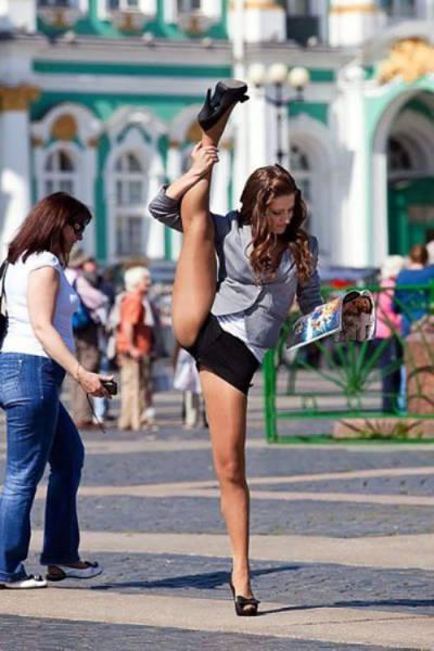 Фотоподборка гибких девушек (64 фото)