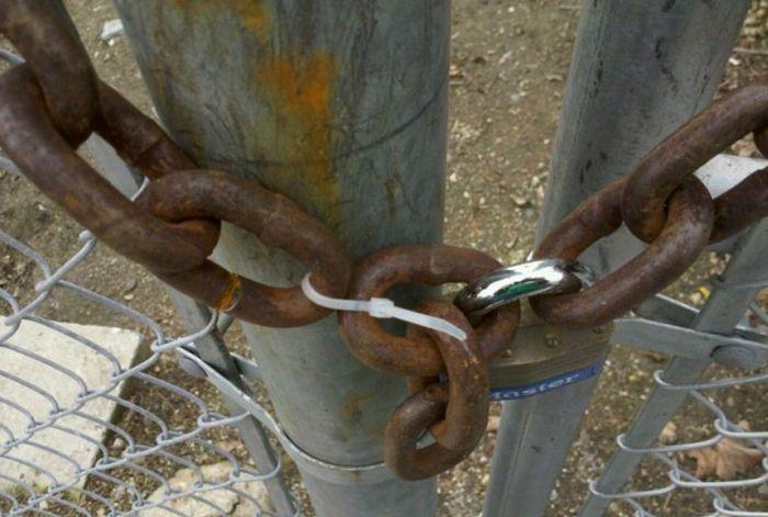 «Гении» в защите собственного имущества (19 фото)