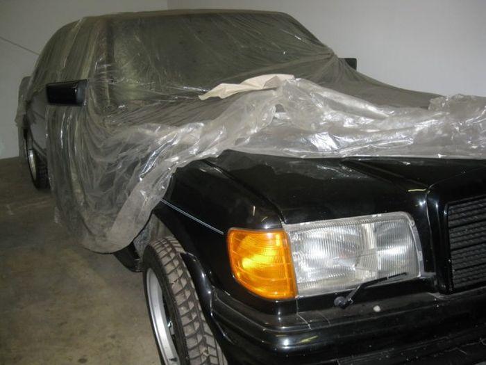 Забытый склад Mercedes-Benz AMG в Сан-Франциско (19 фото)