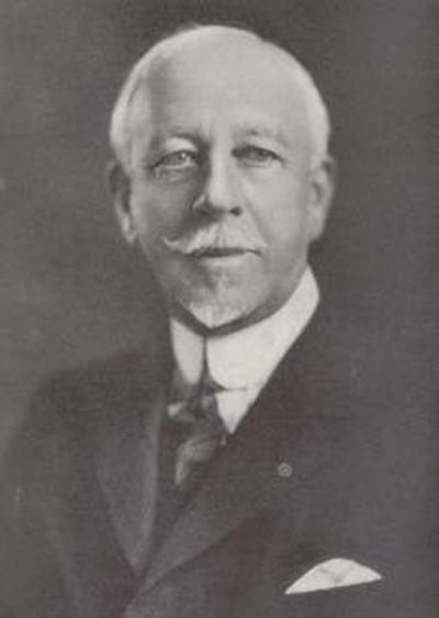 Уильям Фелпс Ино - создатель первых правил дорожного движения (2 фото)