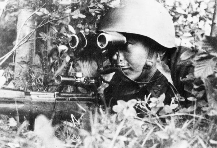 Воспоминания советского снайпера Леонида Лазутина (3 фото + текст)