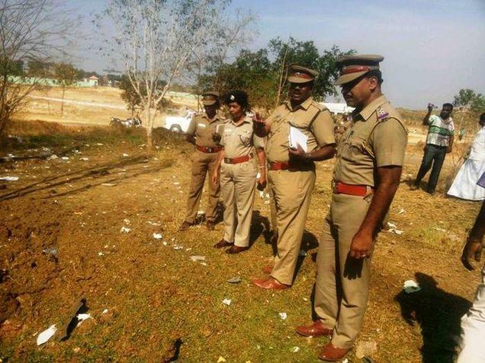 Первый в истории человек погиб от падения метеорита в Индии (3 фото + видео)