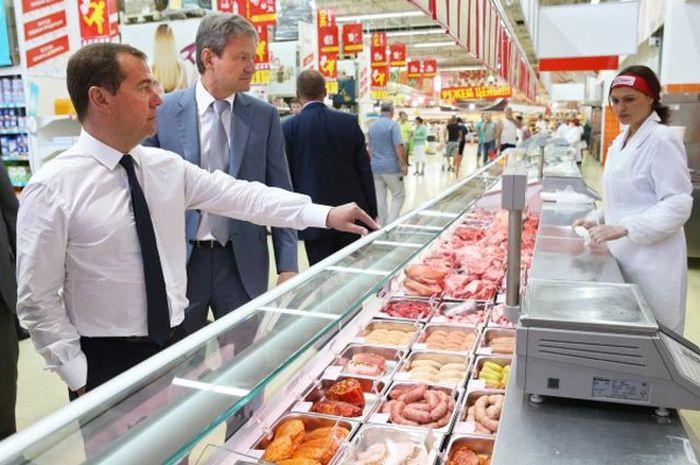 Депутаты и чиновники о ценах на продукты питания (5 фото + текст)