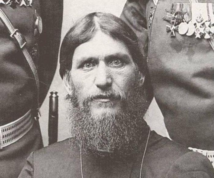 Самые загадочные личности в истории России (7 фото)