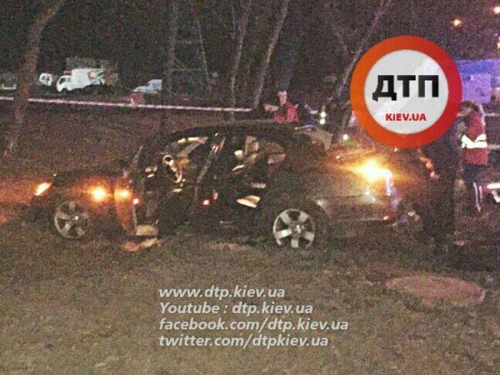 В результате погони киевские полицейские застрелили подростка (7 фото + видео)