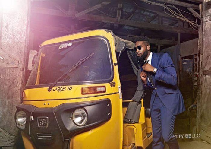 Как нигерийская продавщица хлеба случайно стала популярной фотомоделью (10 фото)