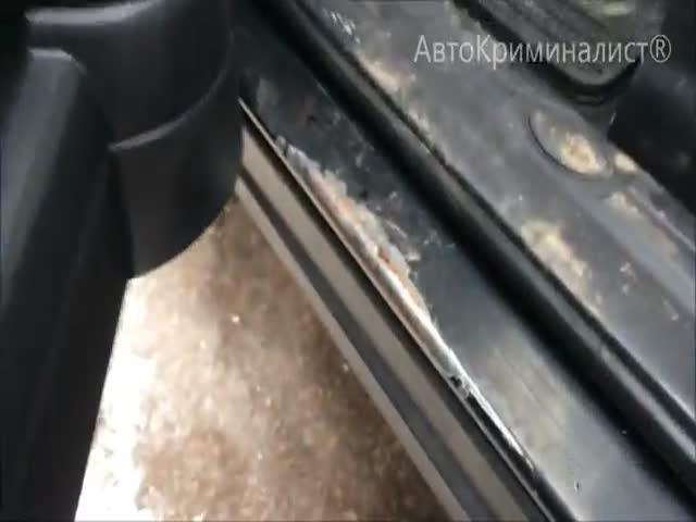 Предприимчивые дилеры скрутили пробег авто почти на 400 000 км
