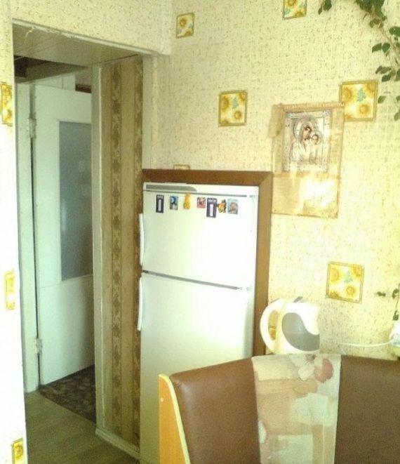 Встраиваемый холодильник по-русски (2 фото)